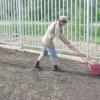 Навіщо потрібен каток для газону, і як його зробити своїми руками
