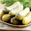 Солоні, консервовані огірки: 8 рецептів