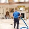Прибирання в заміському будинку