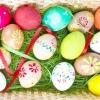 10 Популярних способів фарбування яєць до великодня