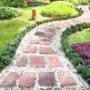 Садова доріжка: комбінуємо матеріали. фото